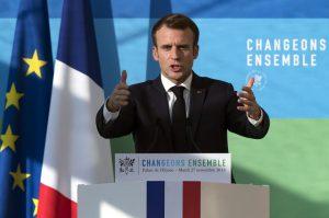 Transition écologique Macron: 500 000 logements énergivores à rénover par an; le même objectif qu'en 2015 mais avec l'aide du CITE, étendu aux foyers modestes et aux bailleurs.